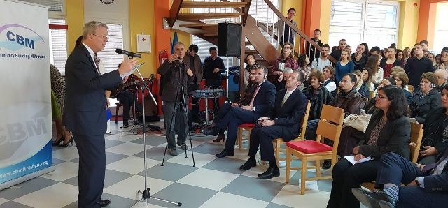 Youth from Mitrovica North and South advance their English language skills together